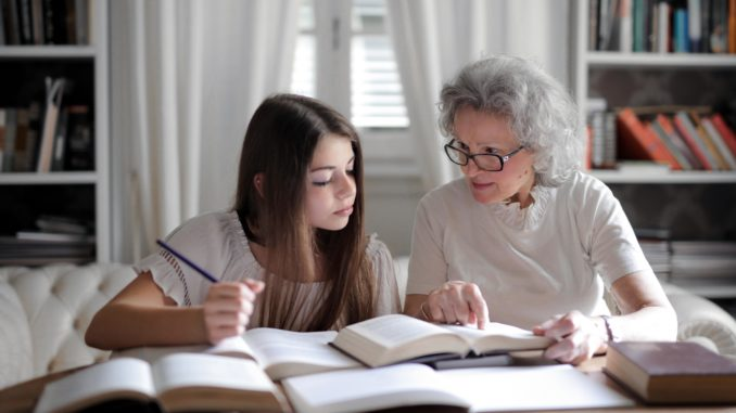 How to earn 100000 per month by Home tuitions